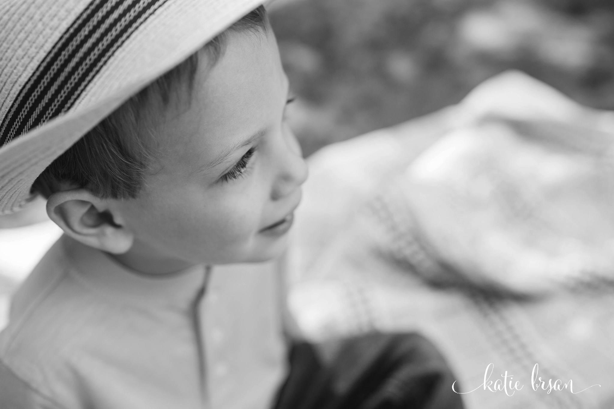KatieBrsan-Shorewood-ChildPhotographer_0572.jpg