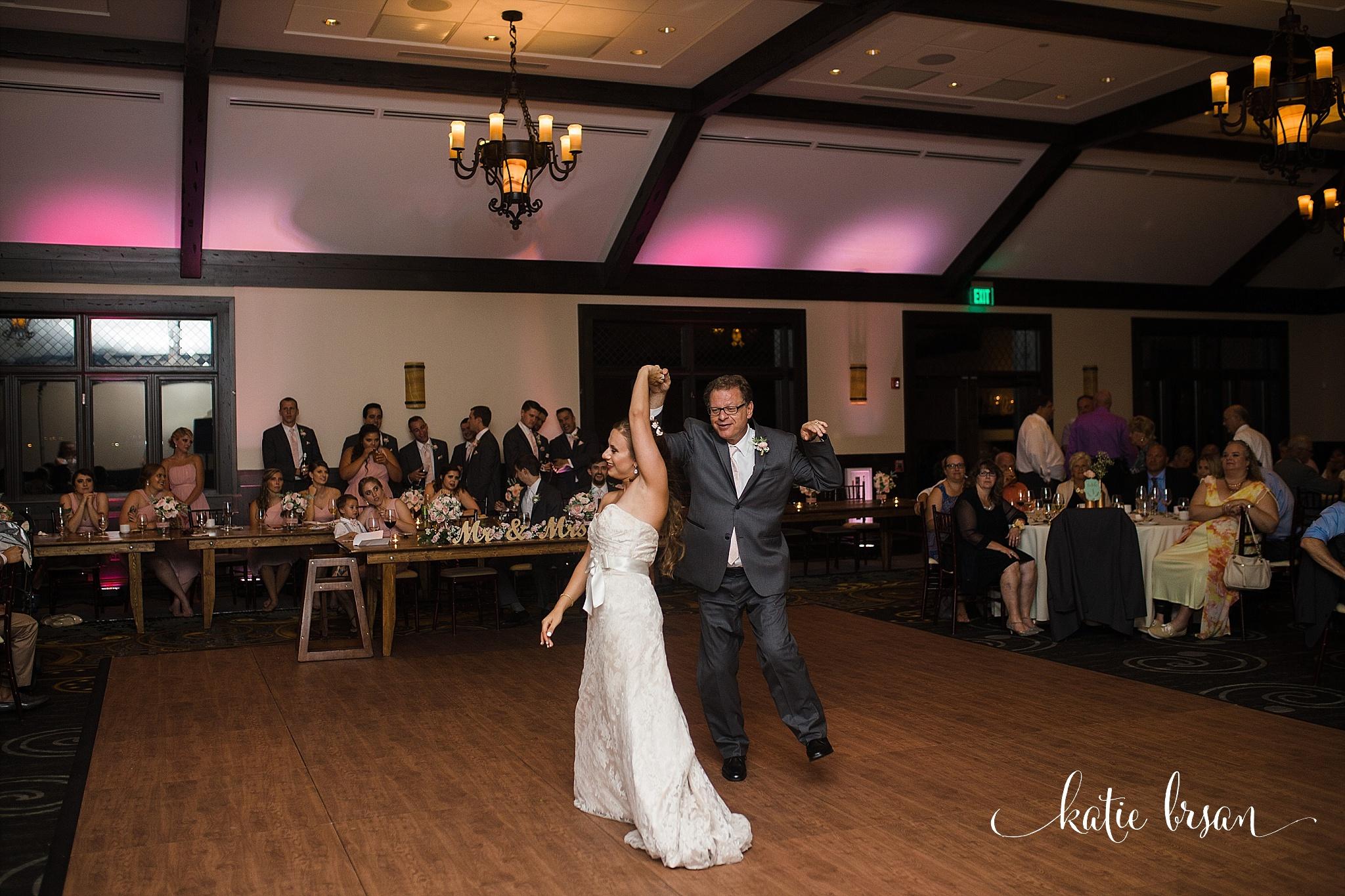 MistWoodGolfClub_Wedding_Romeoville_0811.jpg