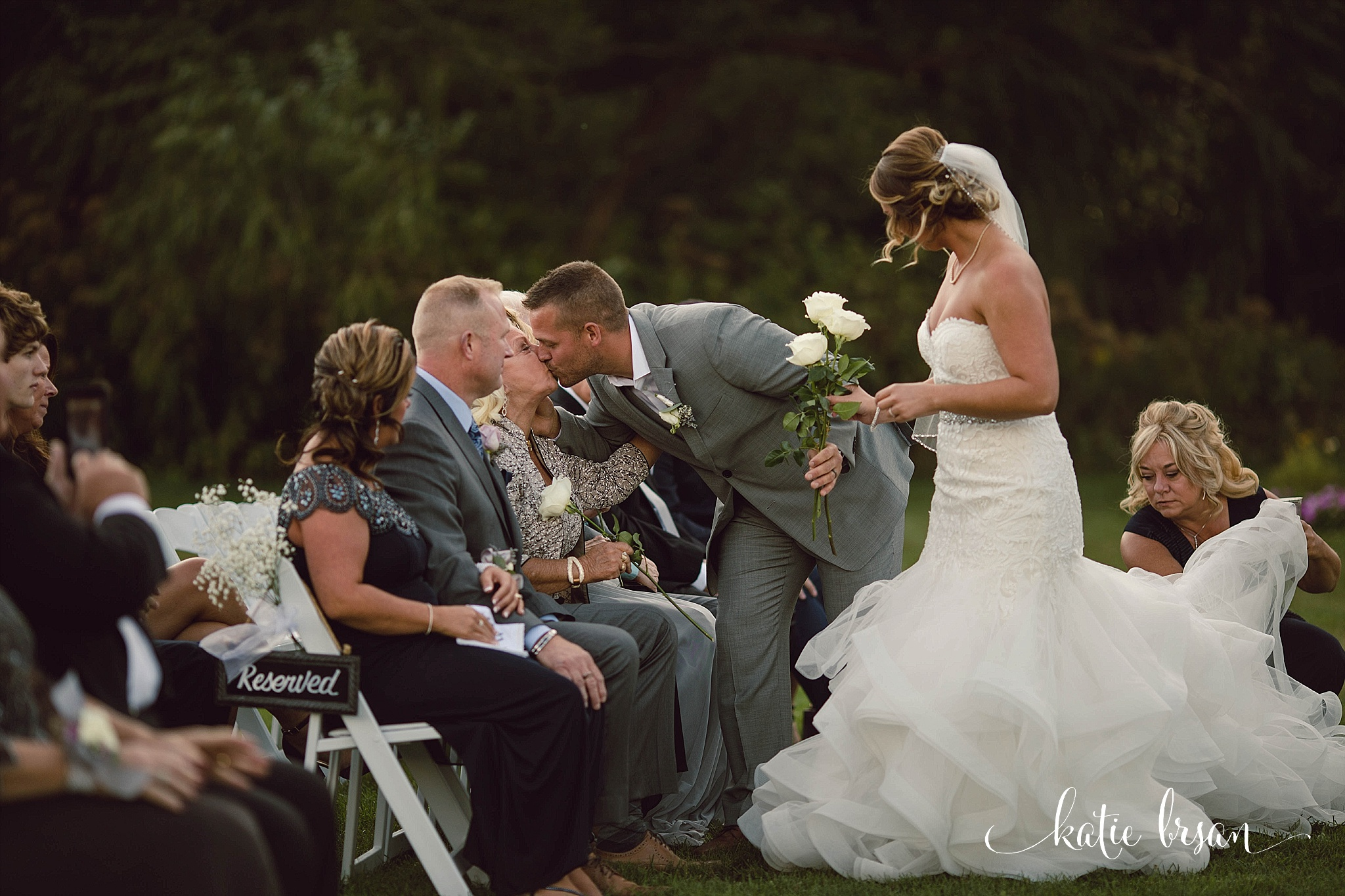 Fishermen'sInn_Wedding_Elburn_Chicago_Wedding_Photographer_1100.jpg