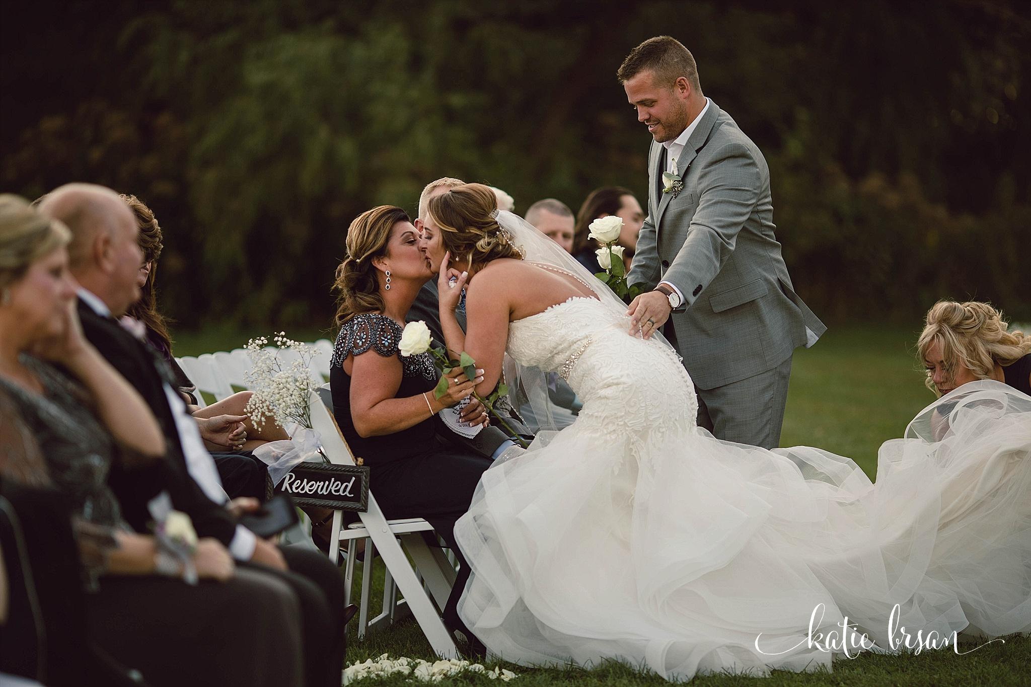 Fishermen'sInn_Wedding_Elburn_Chicago_Wedding_Photographer_1101.jpg