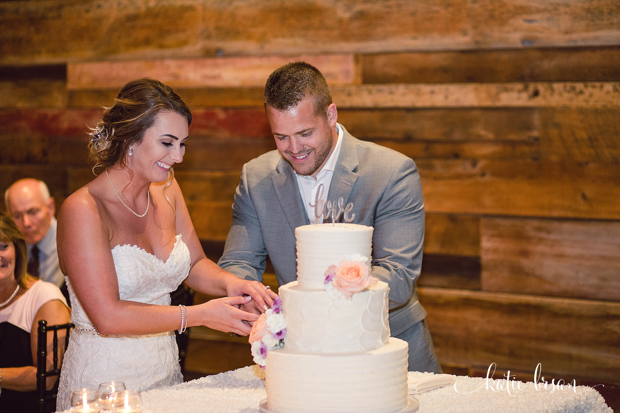 Fishermen'sInn_Wedding_Elburn_Chicago_Wedding_Photographer_1134.jpg