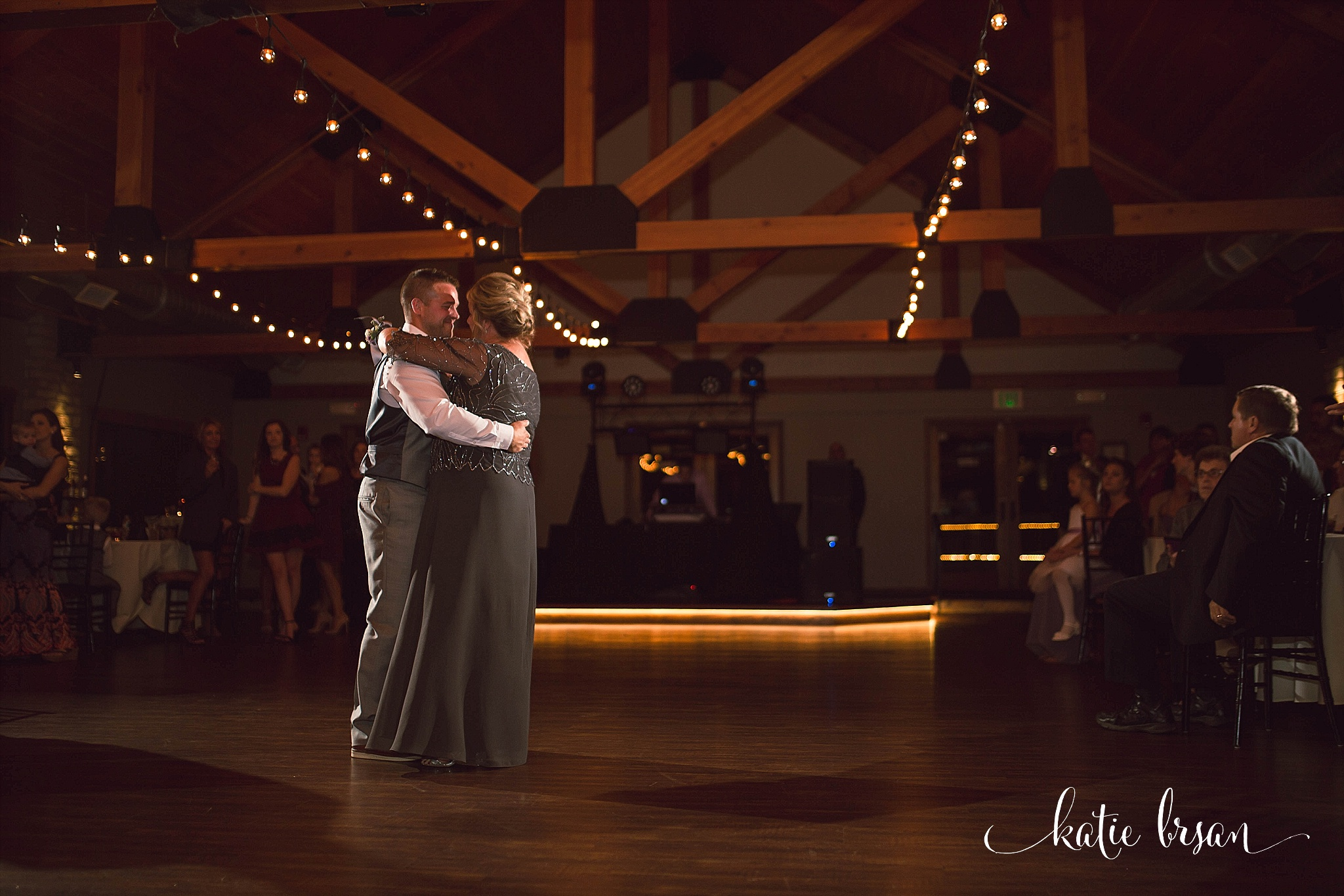 Fishermen'sInn_Wedding_Elburn_Chicago_Wedding_Photographer_1161.jpg