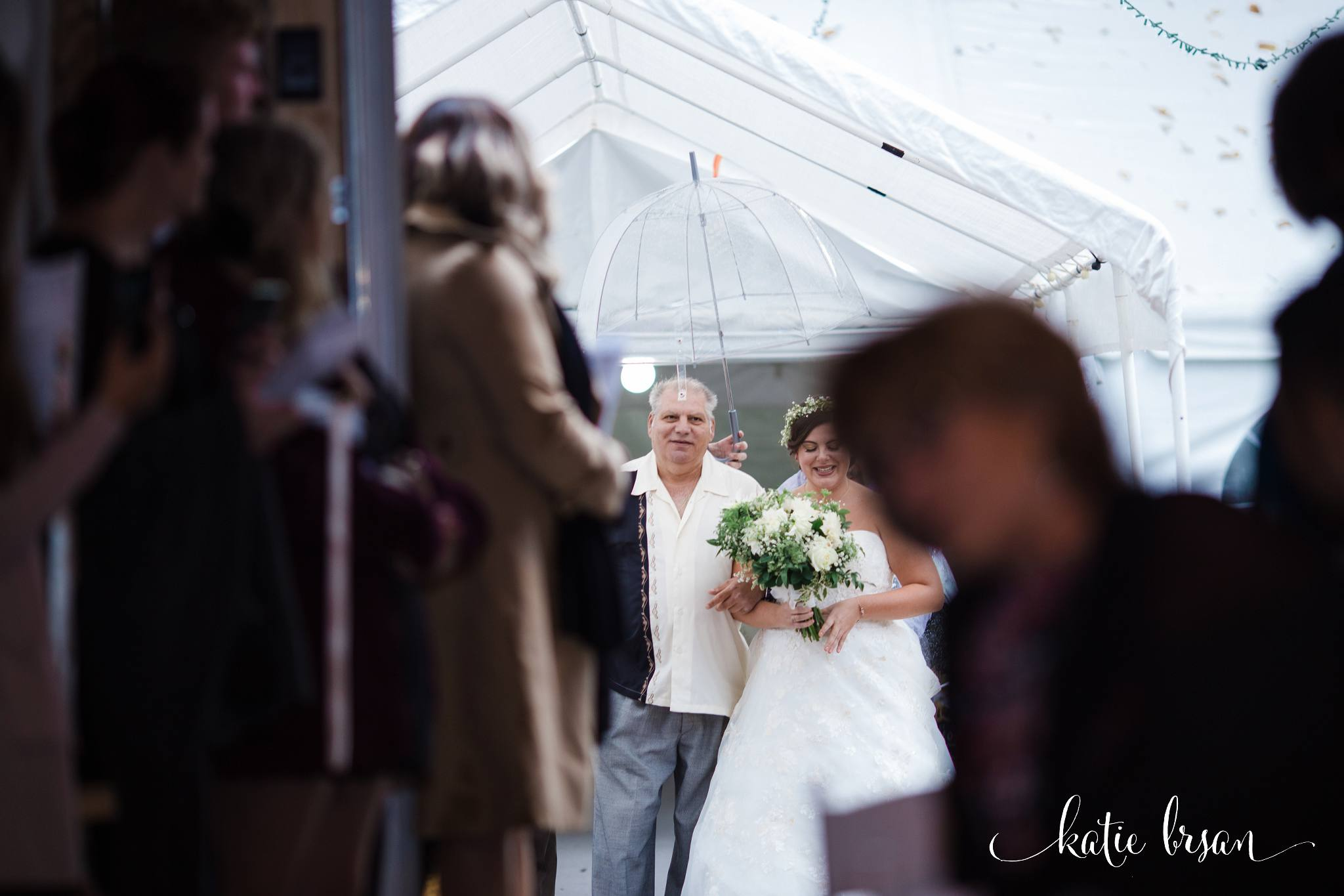 DownersGrove_BackyardWedding_GilbertsPark_1004.jpg