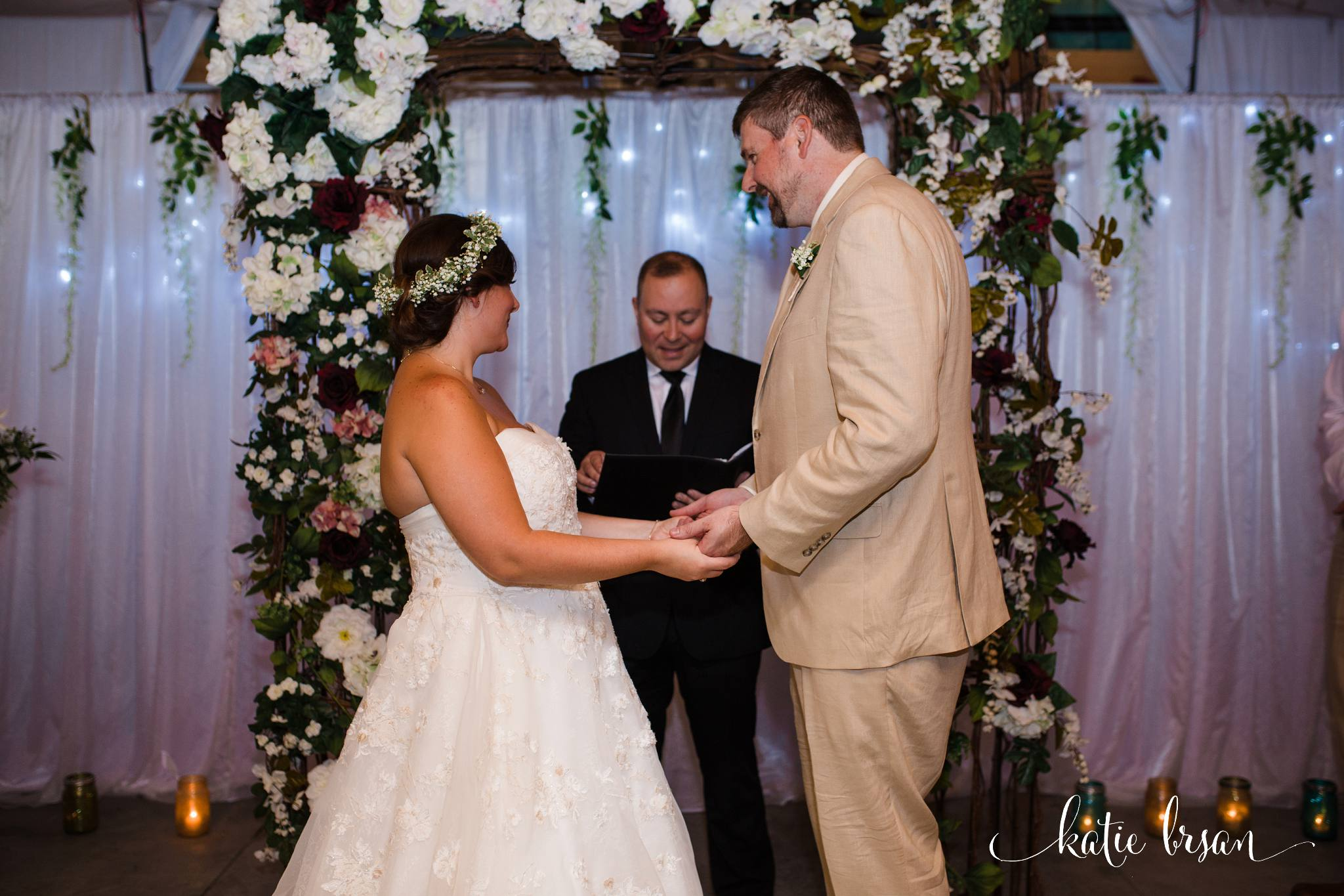 DownersGrove_BackyardWedding_GilbertsPark_1013.jpg