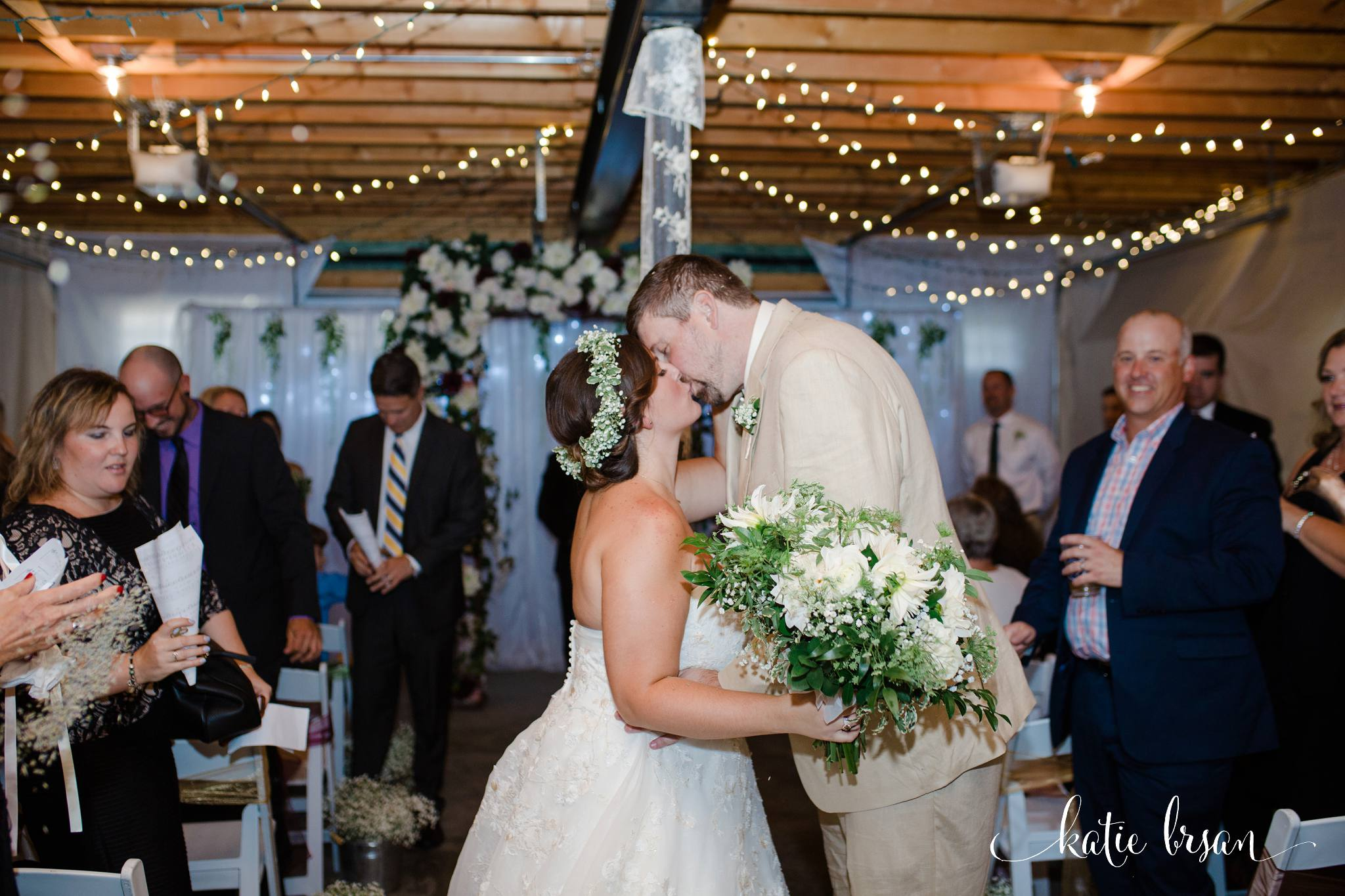 DownersGrove_BackyardWedding_GilbertsPark_1018.jpg