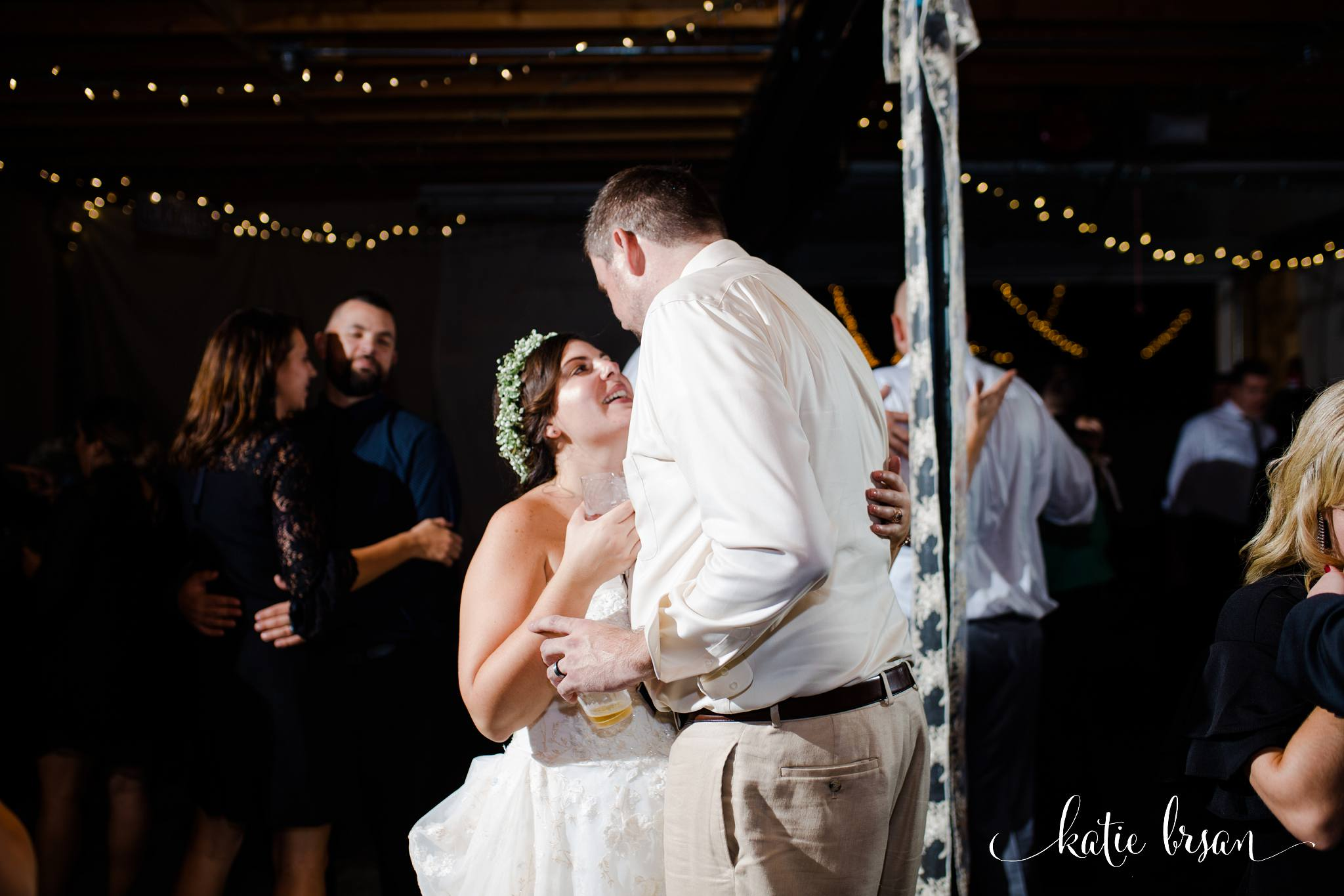 DownersGrove_BackyardWedding_GilbertsPark_1060.jpg
