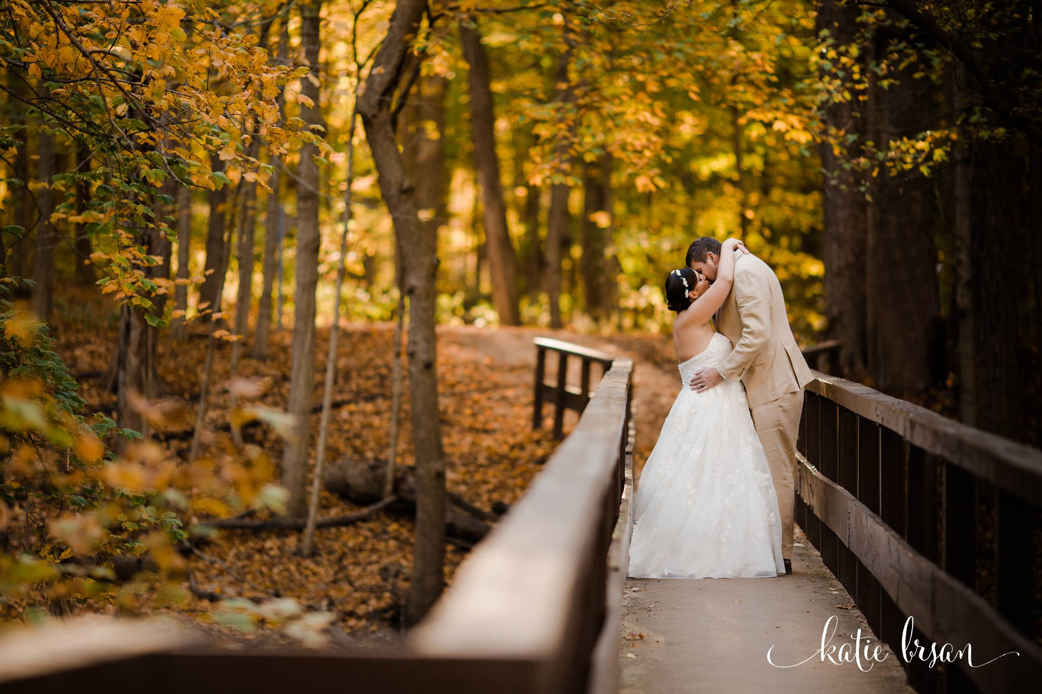 DownersGrove_BackyardWedding_GilbertsPark_1074.jpg