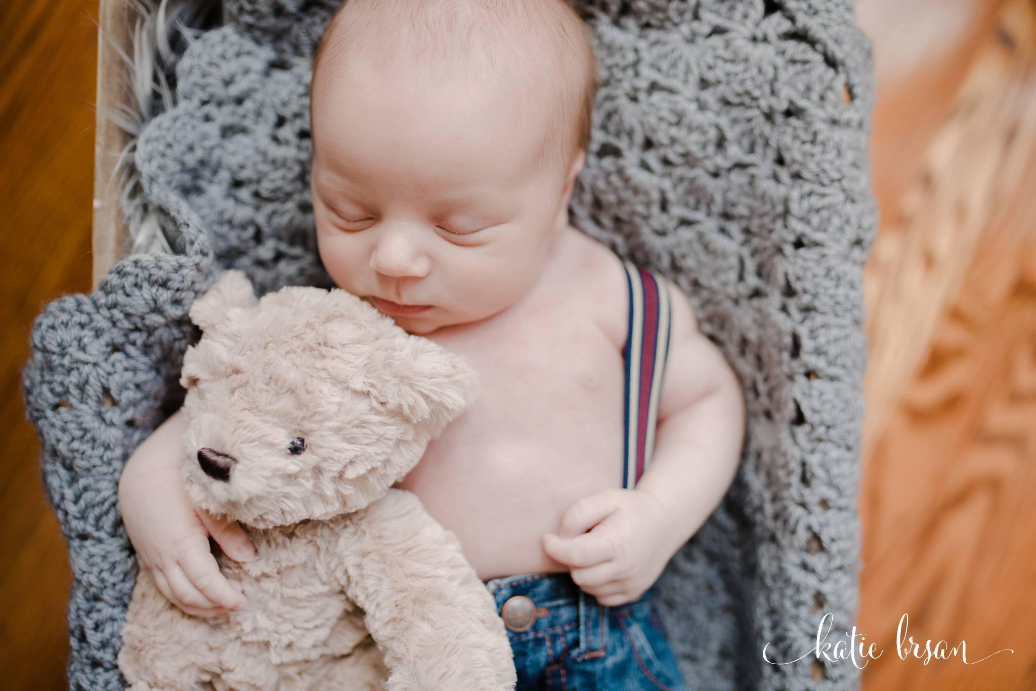 TinleyPark_Inhome_newbornsession_1179.jpg