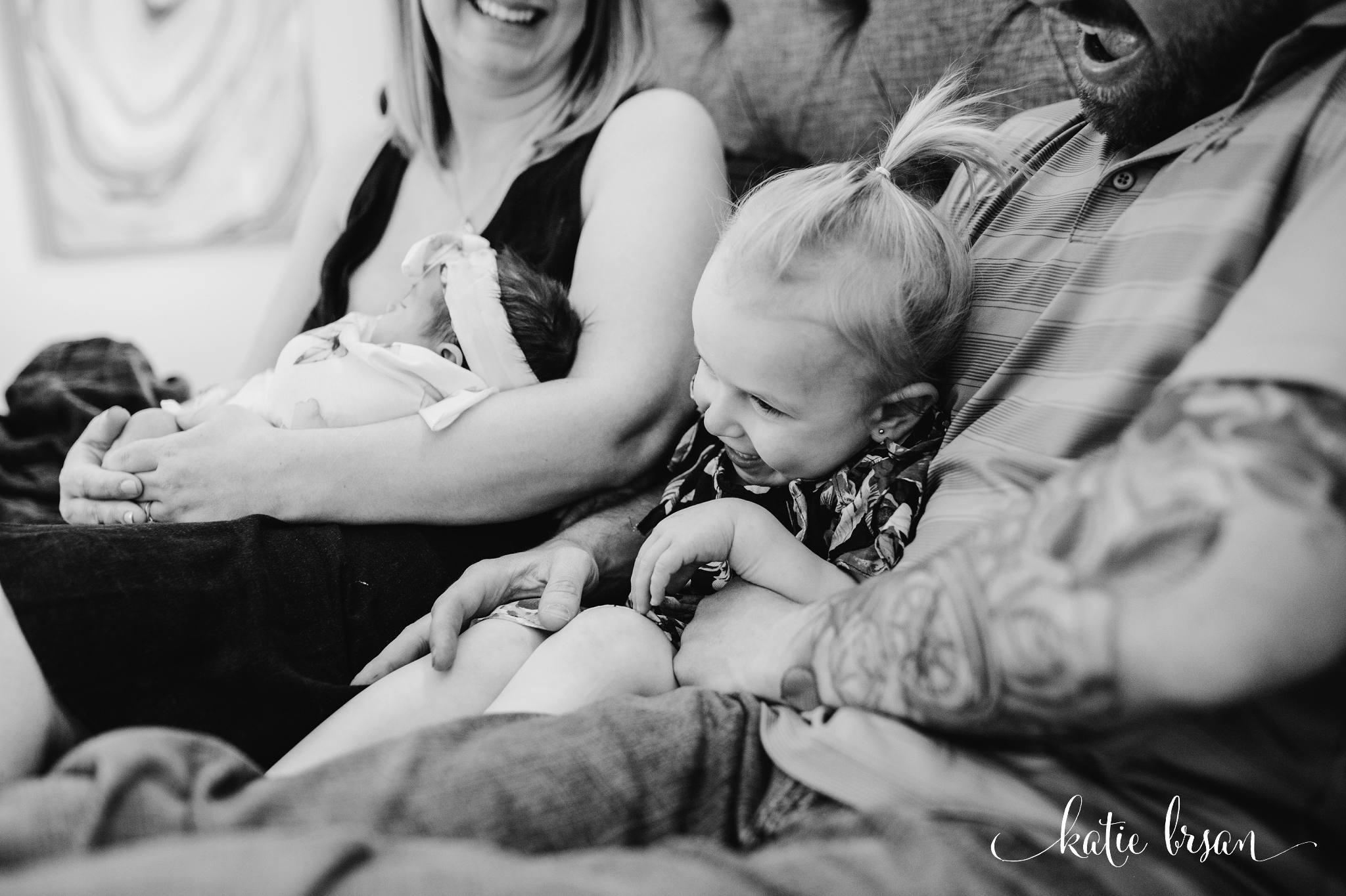 TinleyPark_NewbornPhotographer_InhomeNewbornSession_1270.jpg