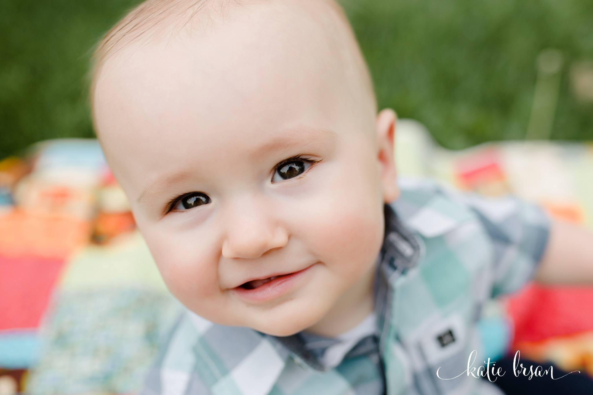 Mokena_FamilyPhotographer_9month_milestone_session_1459.jpg