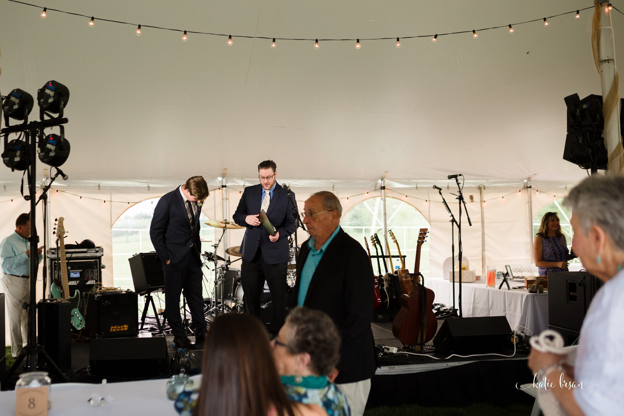 Frankfort_backyard_wedding_0349.jpg