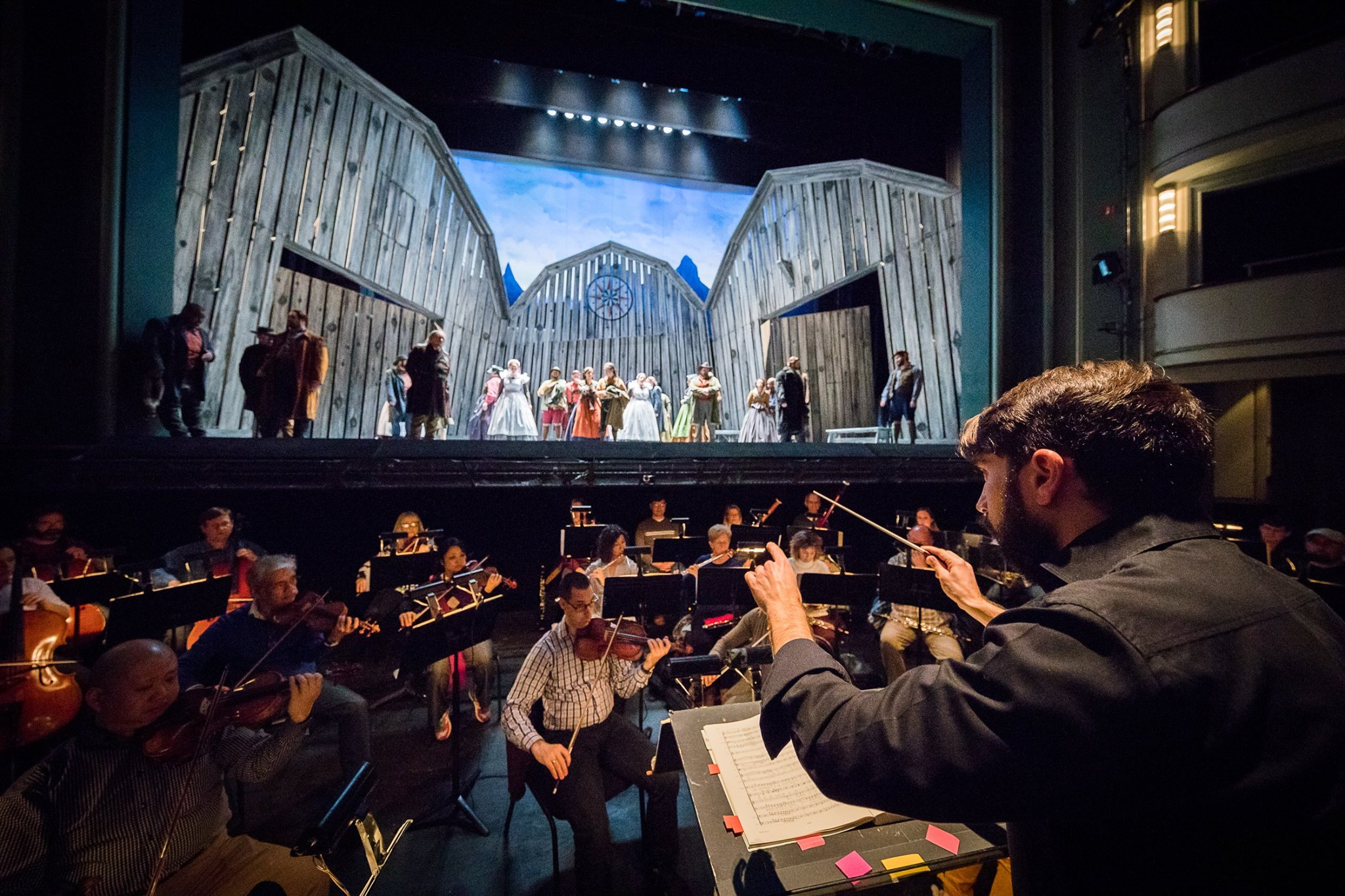 Conductor Adam Turner and the Virginia Symphony Orchestra accompanying Der Freischutz. Photo by Ben Schill Photography; courtesy of Virginia Opera.