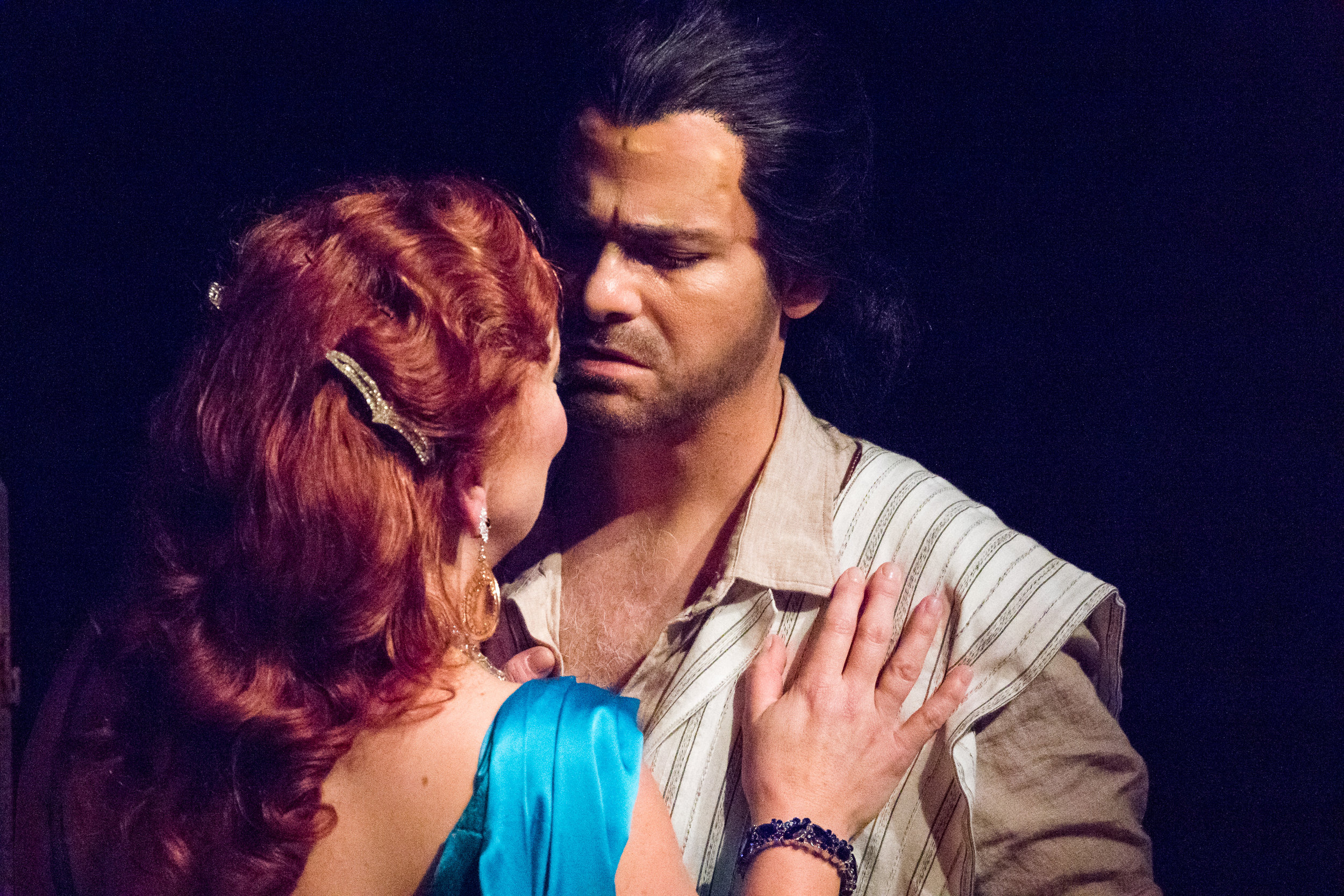 Delilah (Katharine Goeldner) and Samson (Derek Taylor). Photo by Ben Schill Photography; courtesy of Virginia Opera.