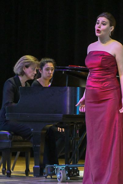 Eileen Cornett, page turner Sophia Dutton, and Second Prize winner, soprano Rebecca Achtenberg. Photo by Mike Halbig; courtesy of Annapolis Opera.