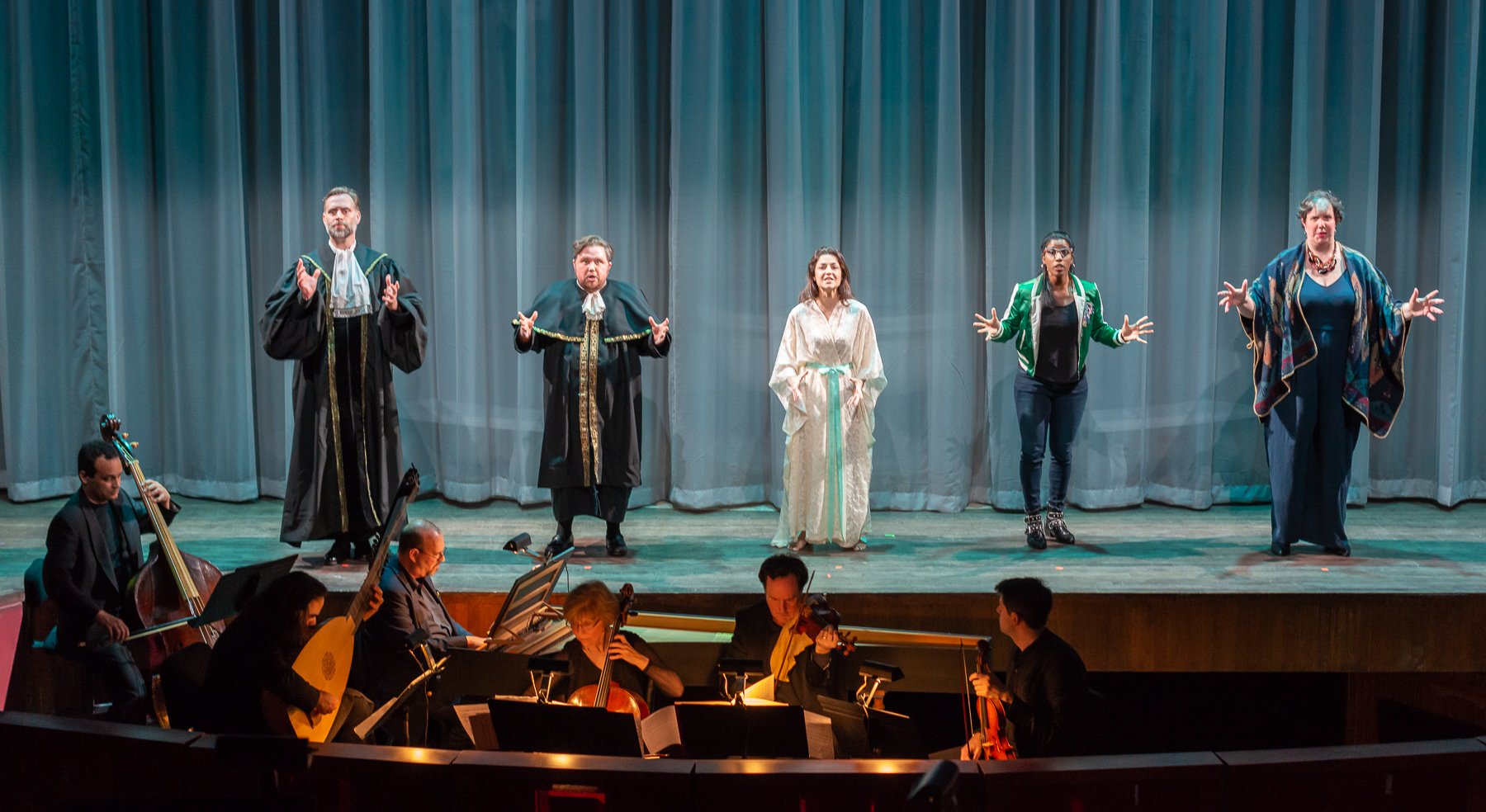 La Susanna 's cast and musician ensemble. Photo by Louis Forget; courtesy of Opera Lafayette.