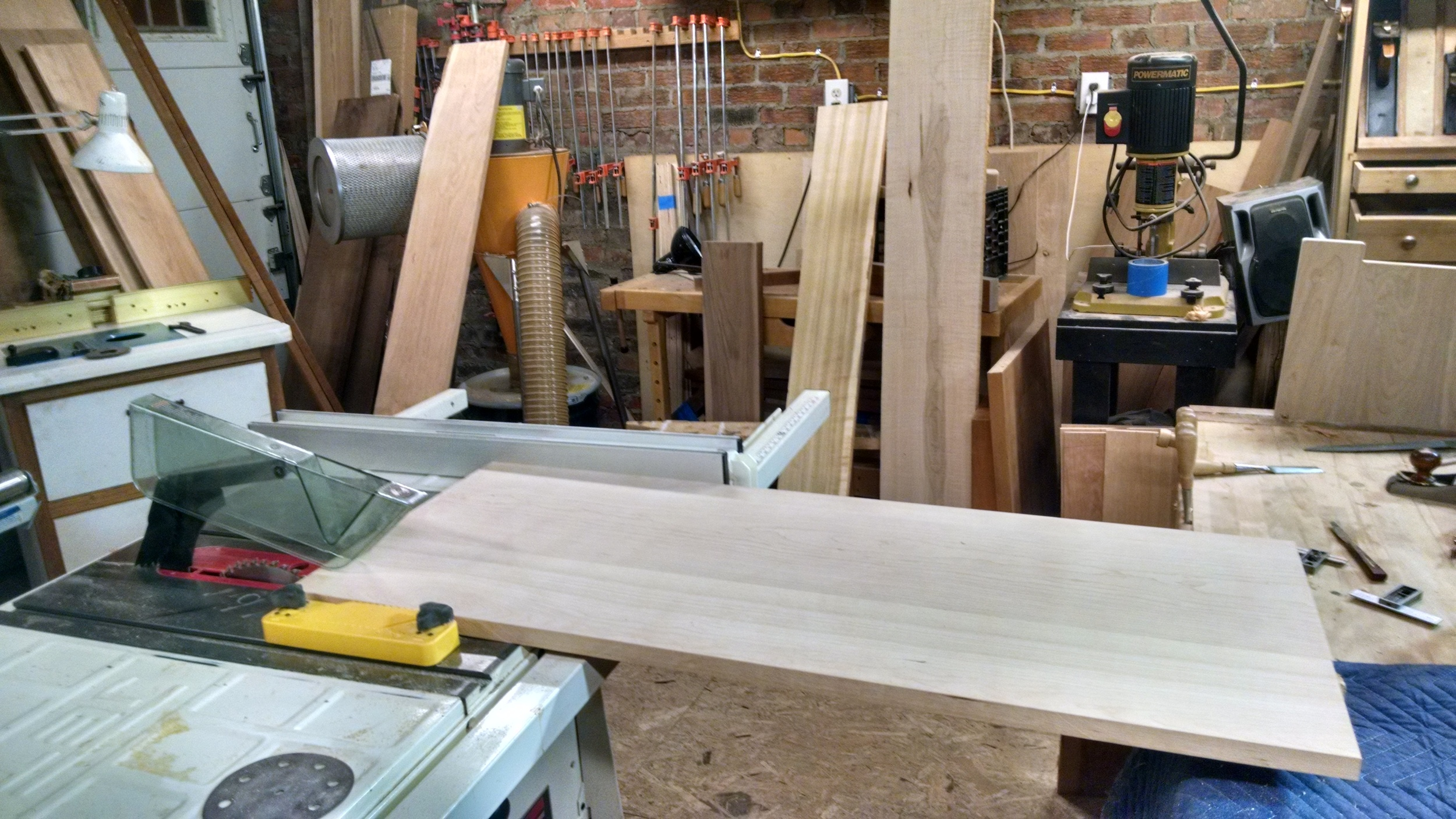 Cutting panels to width on table saw