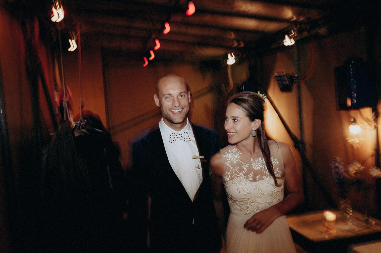 Bride and groom ready for party dancing at Rijk van de Keizer