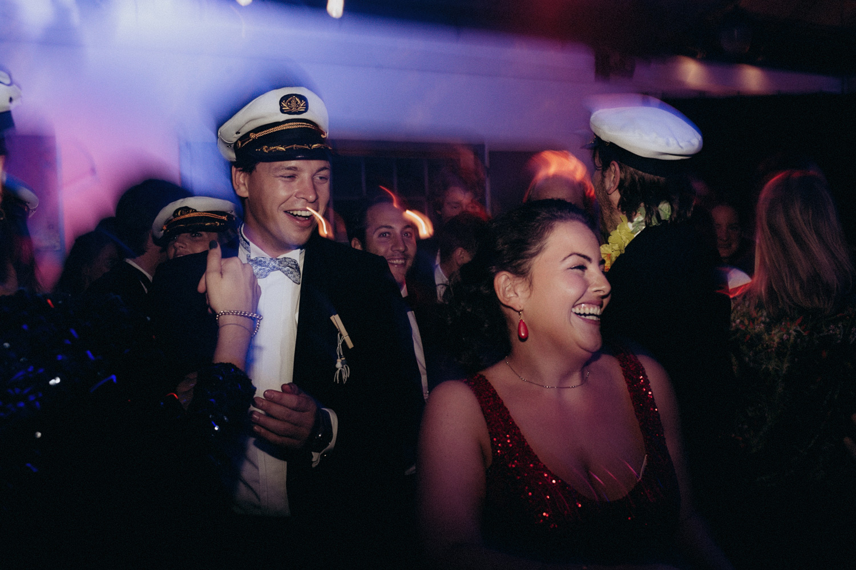 Wedding guests party at Rijk van de Keizer
