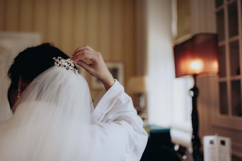 Bride with veil at Duin & Kruidberg Santpoort