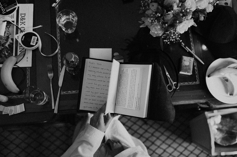 Bride reading her hand written vows