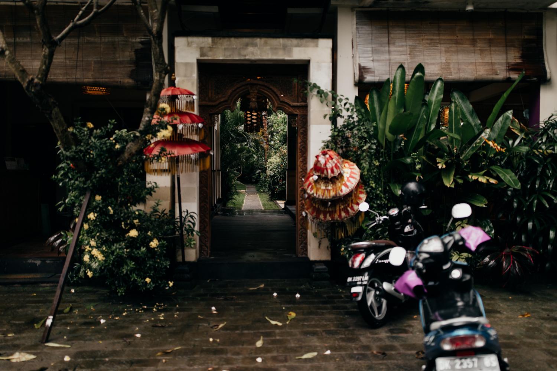 Arjuna Homestay Permuteran entrance
