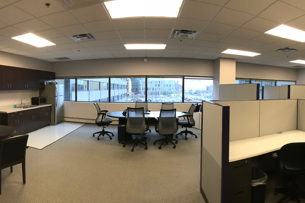 330 S 2nd ave – class b Office - 330 S 2nd AveMinneapolis, MN 55401Conveniently located downtown on the skyway and one block from Light Rail.