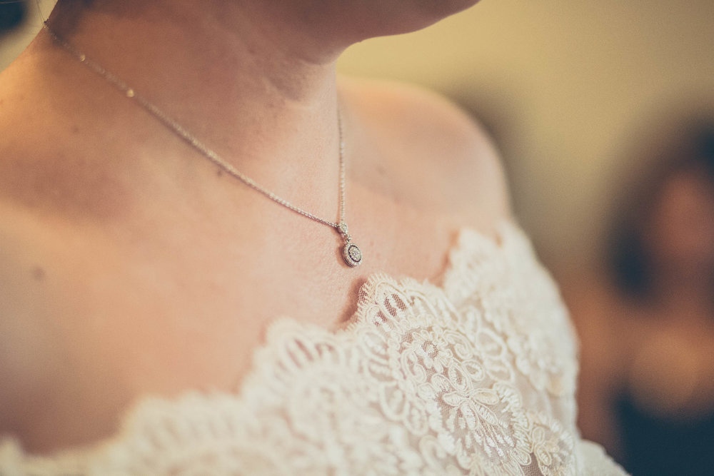 Bride and her heirloom jewelry