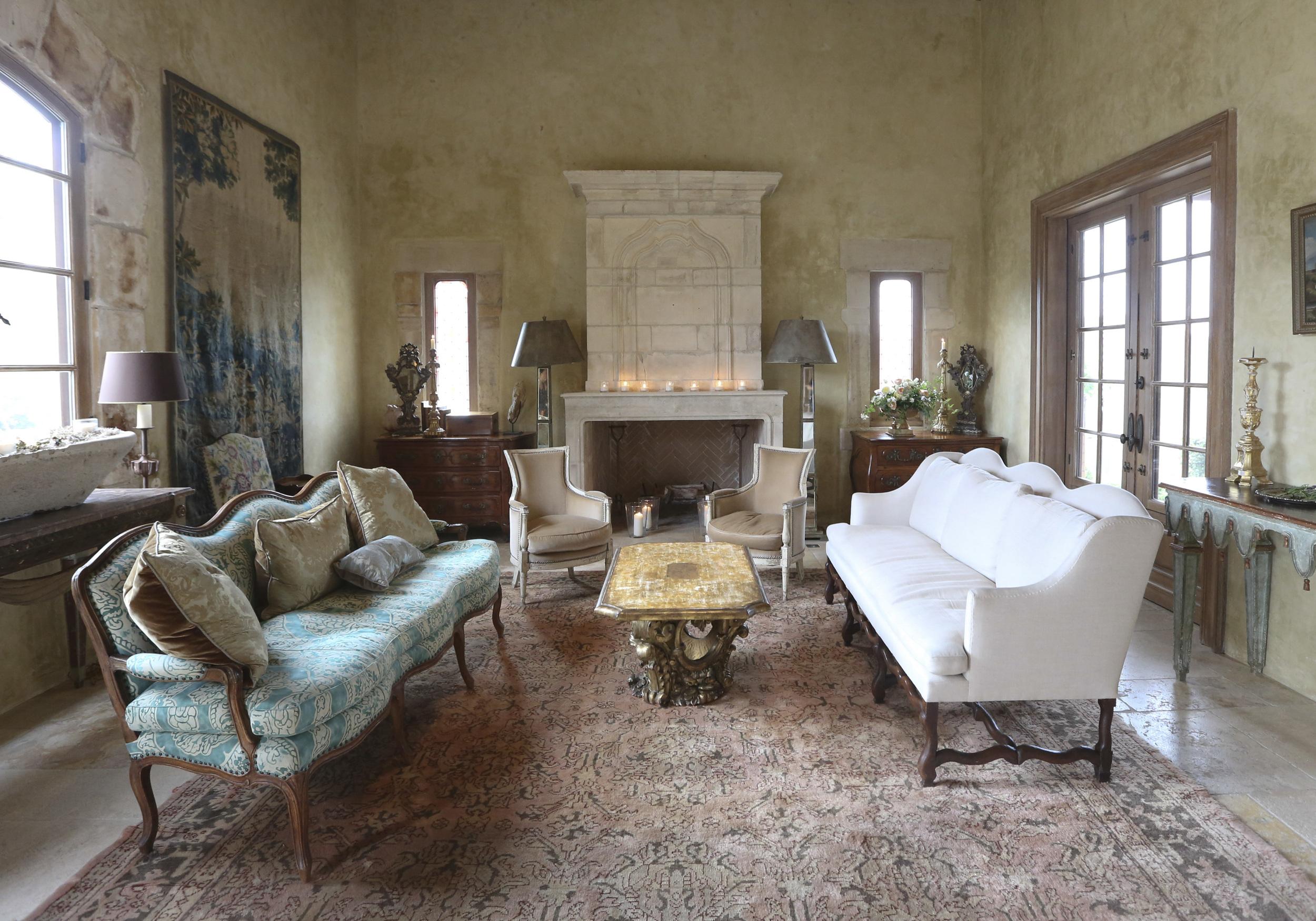 Casa de Perrin | Cal-A-Vie 07.jpg