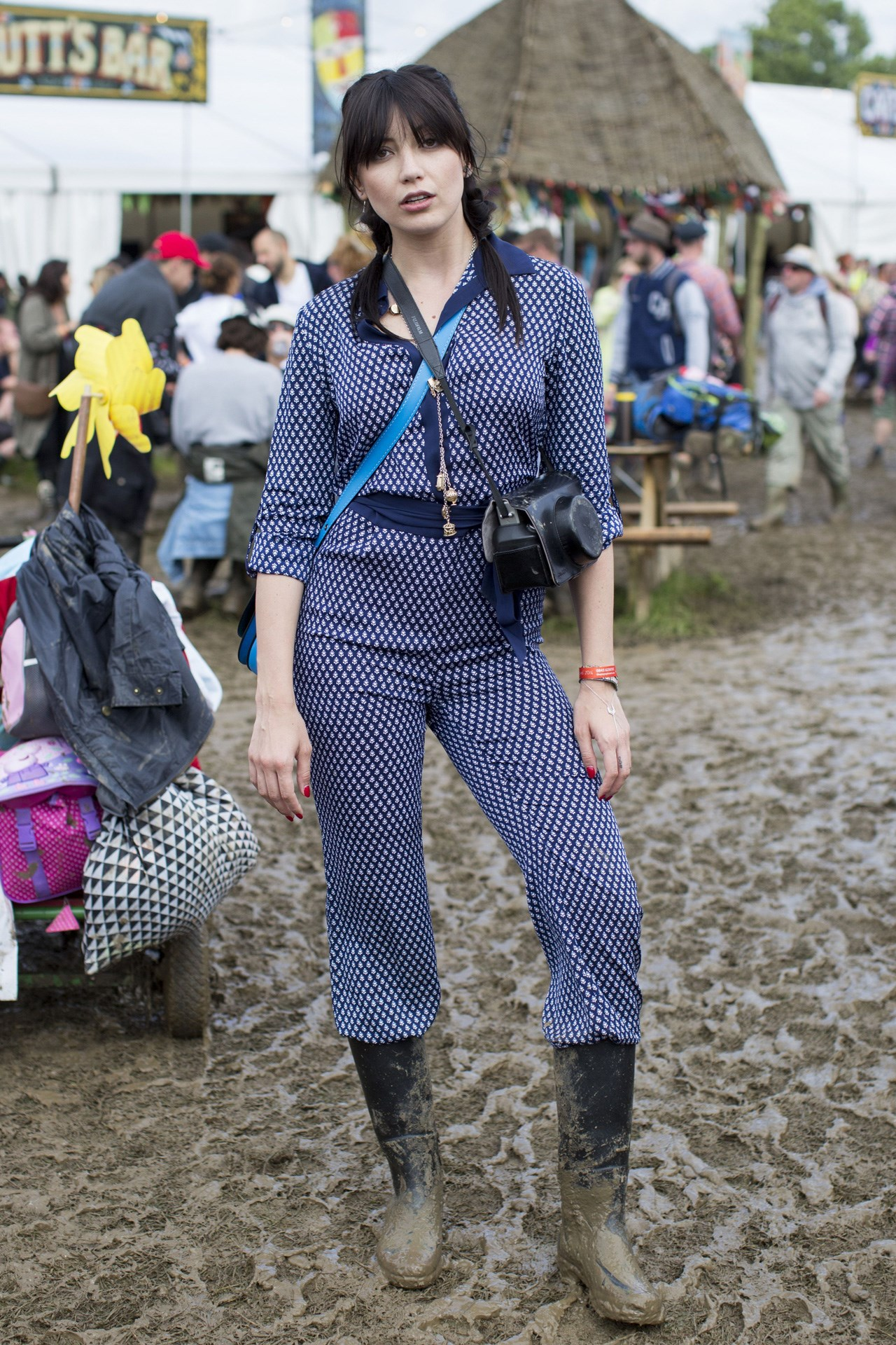 Daisy Lowe in an amazing blue printed two-piece. Everything about this look is a YES
