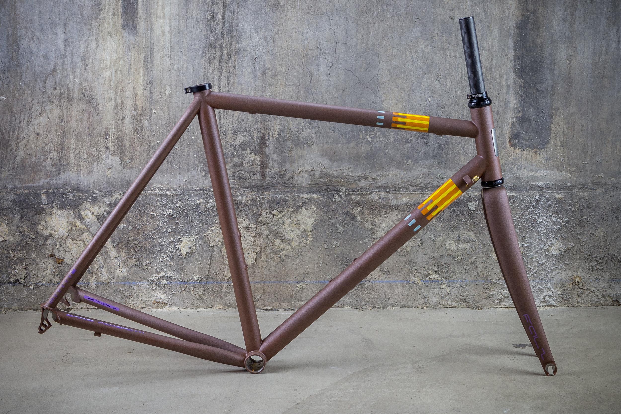 Pegoretti-Marcelo-Conn-Rust-.jpg