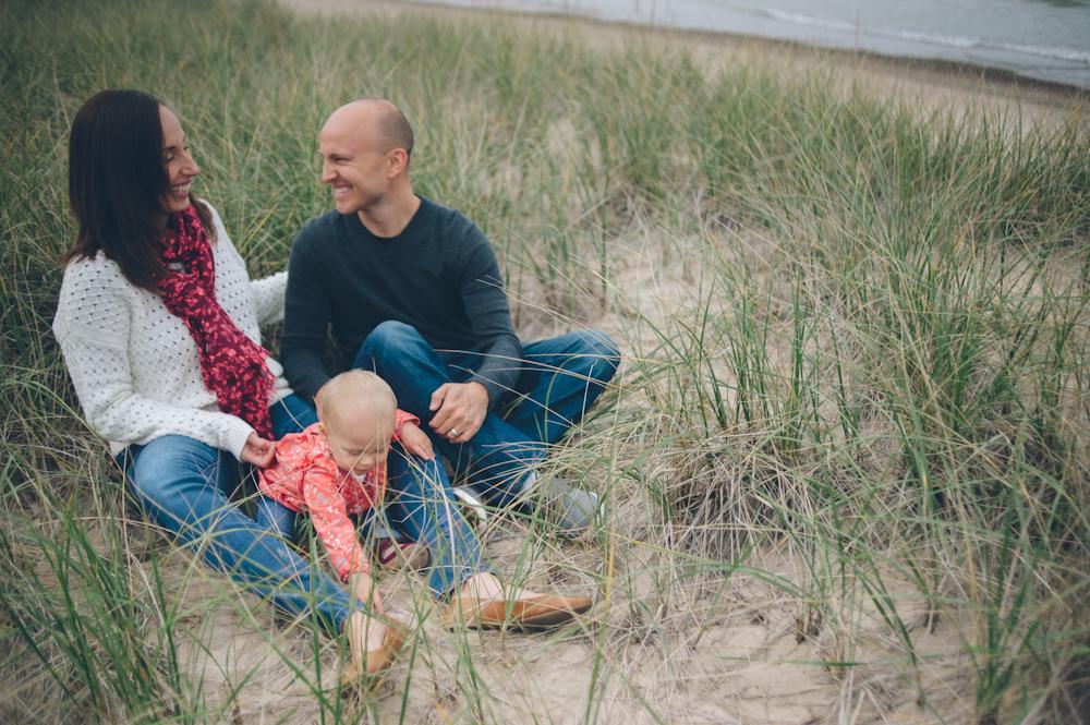 Lauren-Bobby-Indiana-family-shoot-dunes (8 of 27).jpg