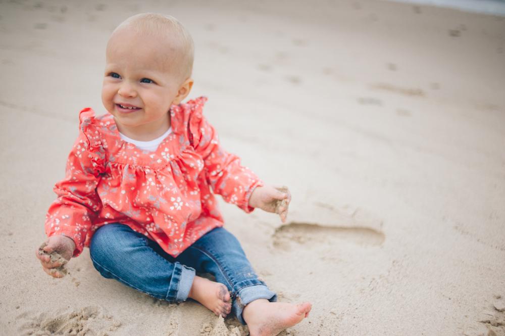 Lauren-Bobby-Indiana-family-shoot-dunes (10 of 27).jpg