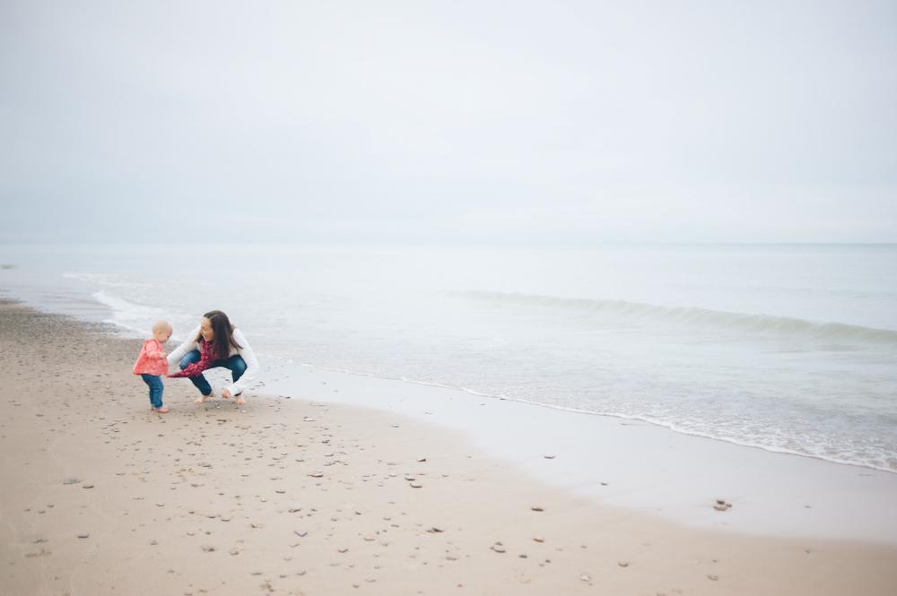 Lauren-Bobby-Indiana-family-shoot-dunes (15 of 27).jpg