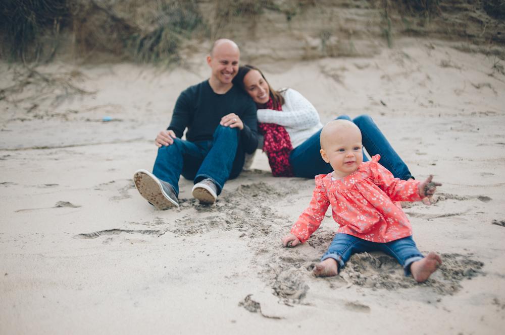Lauren-Bobby-Indiana-family-shoot-dunes (17 of 27).jpg