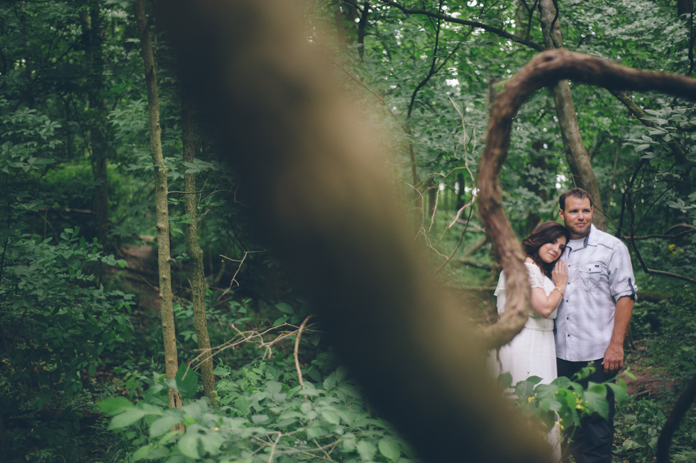Abby-Brian-Esession-Eagle-Creek-Park-Indianapolis-4.jpg