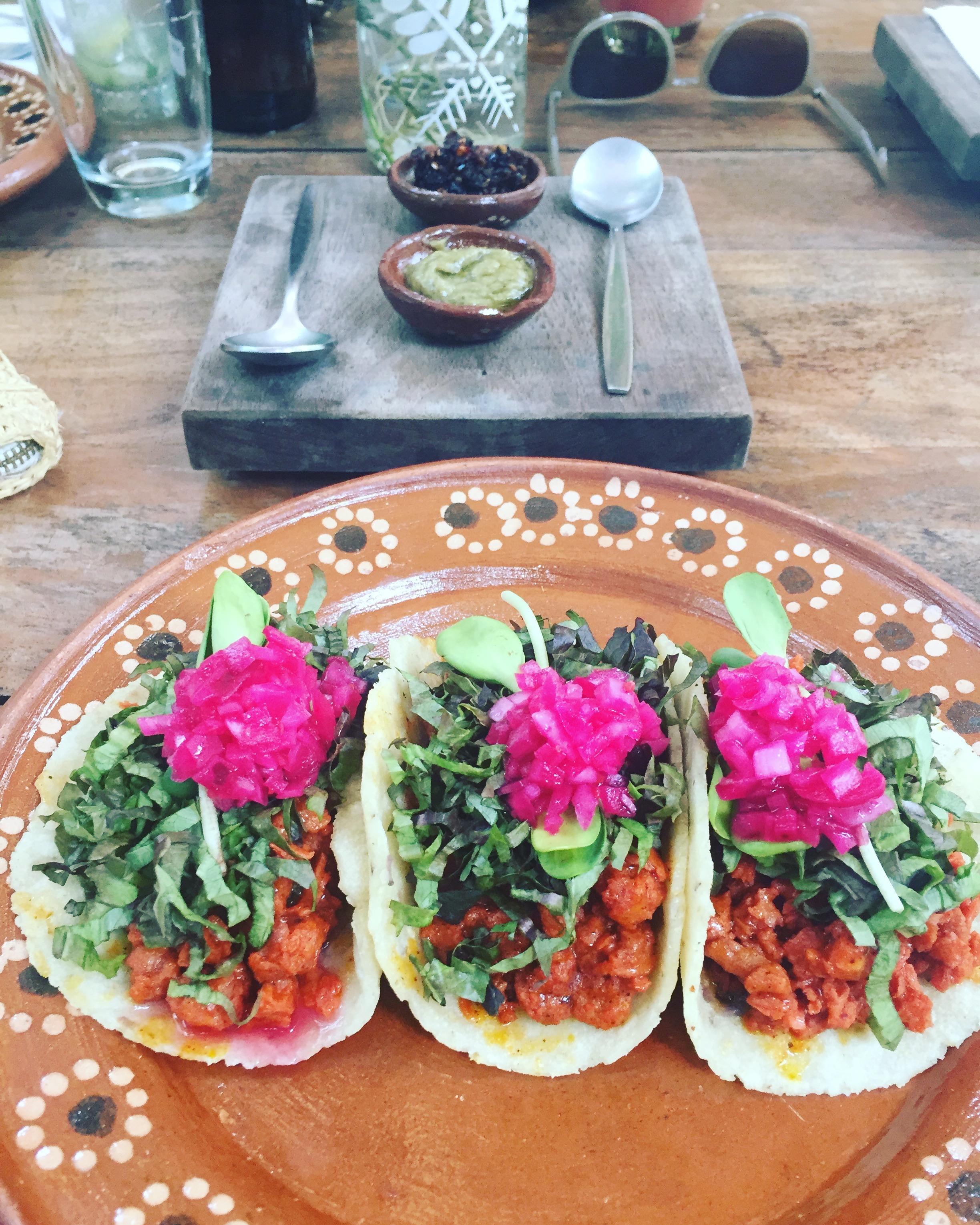 rainbow-veggie-tacos.jpg