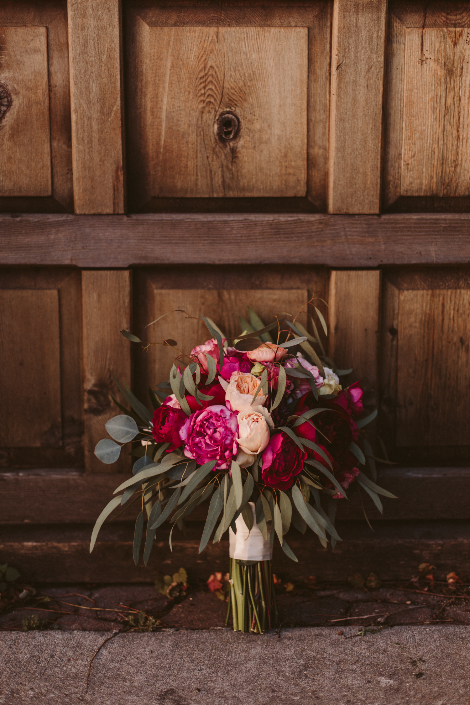 Wooly's Des Moines Wedding Photographer-48.jpg