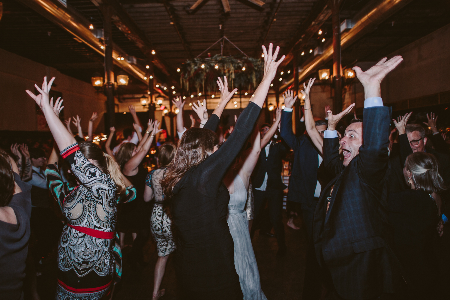 Wooly's Des Moines Wedding Photographer-106.jpg