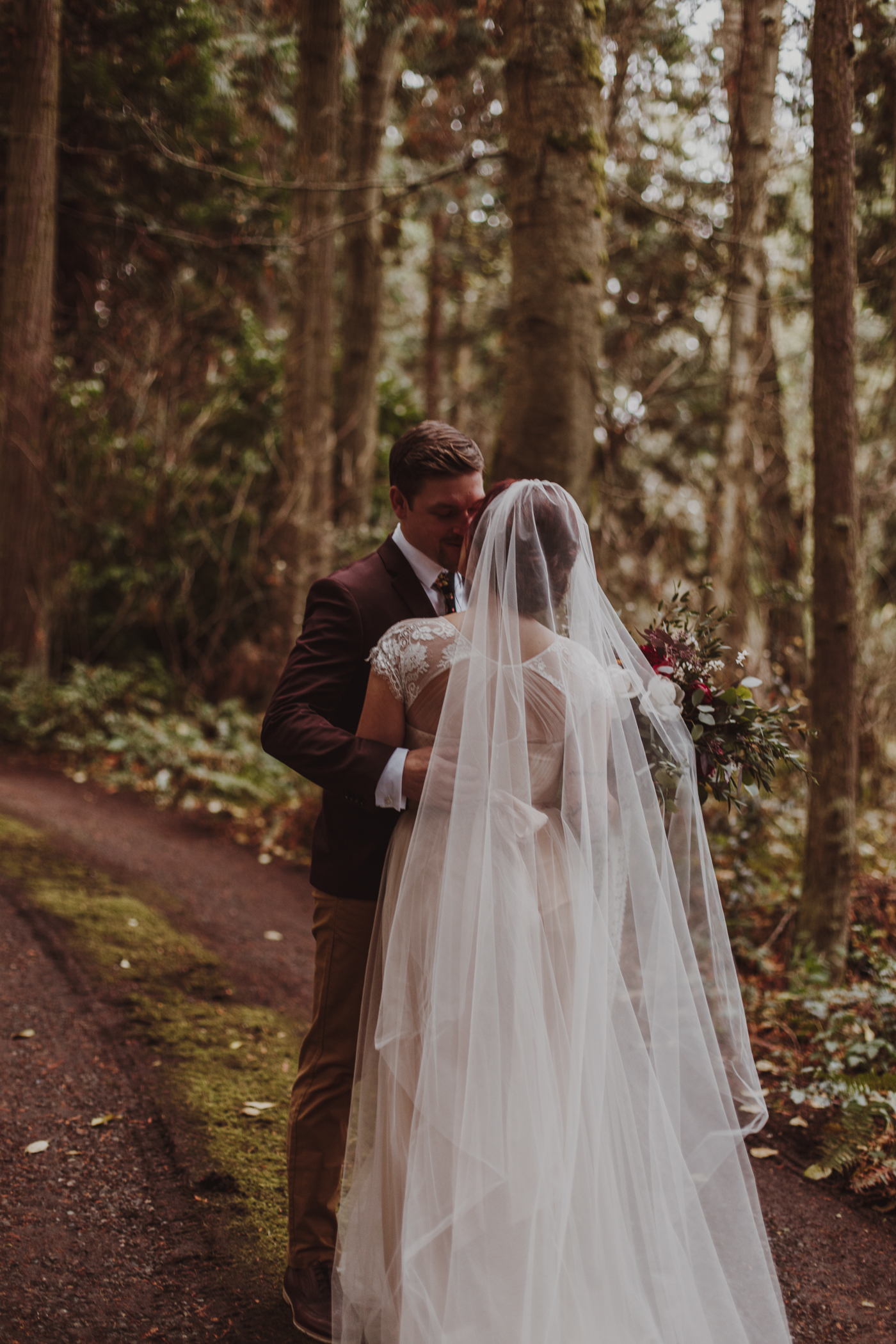 Olympic Peninsula Elopement-LizMorrow-32.jpg