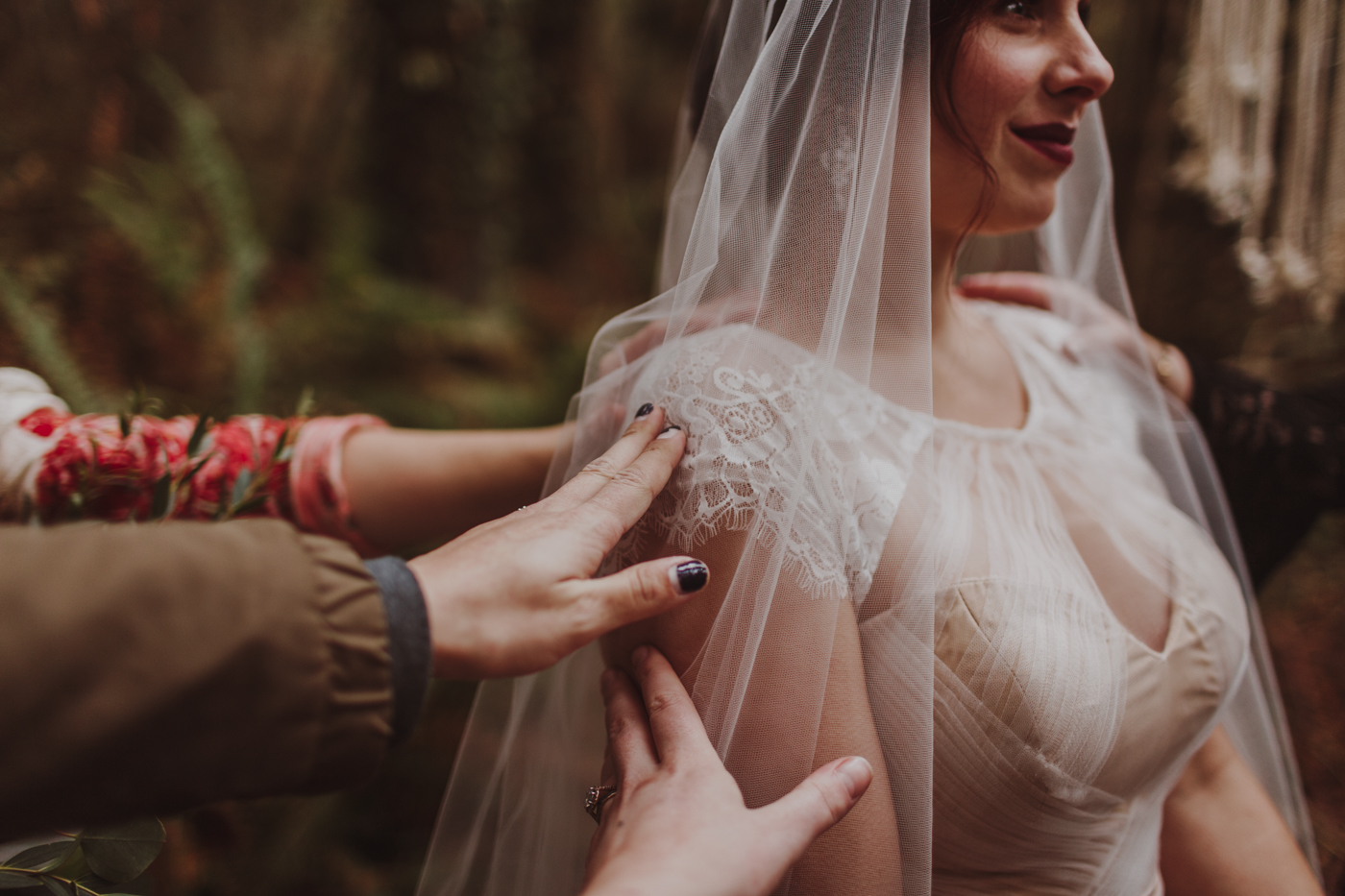 Olympic Peninsula Elopement-LizMorrow-83.jpg