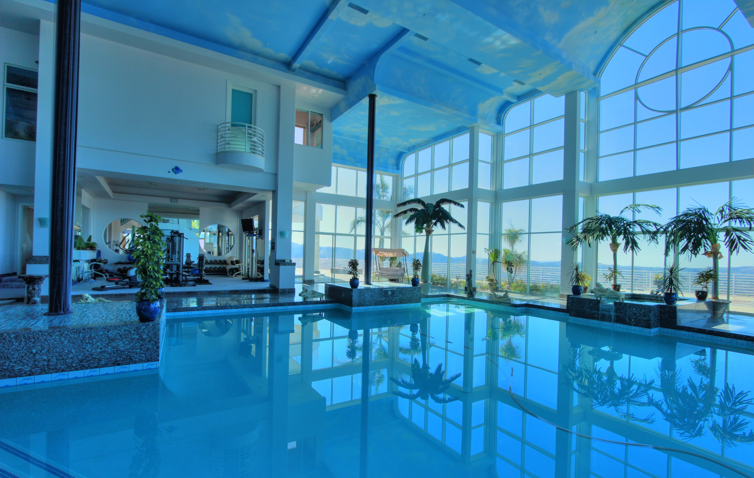 IndoorPool2.jpg