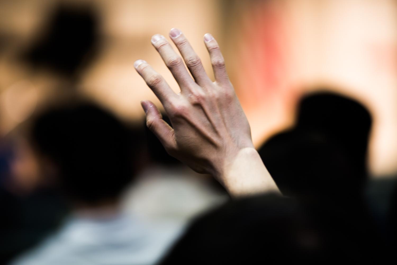 1.5gen_hand_raised