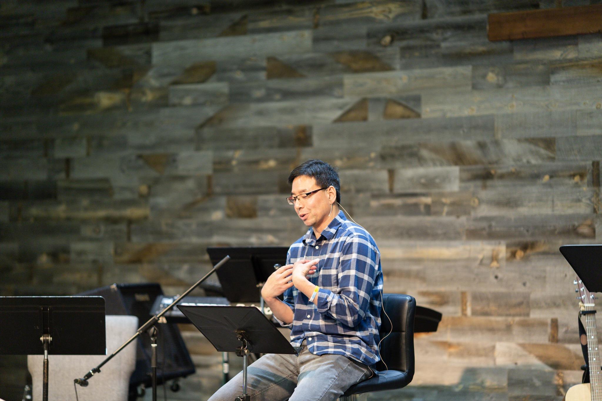 Pastor Ben preaching Isaiah's story in I Kings