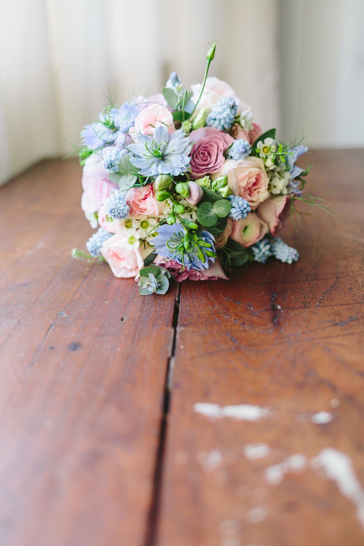 WEB | Bridal Preperations | Bristol Wedding Photography-156.jpg