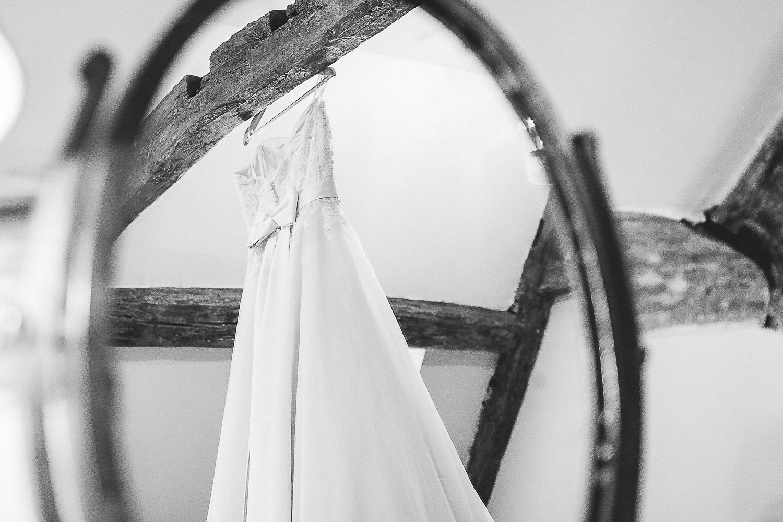Kings Head Hotel Cirencester Wedding Photography-1.JPG