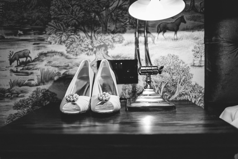 St Matthew Church, Coates   Wedding Photography-2.JPG