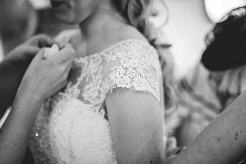 St Matthew Church, Coates   Wedding Photography-14.JPG