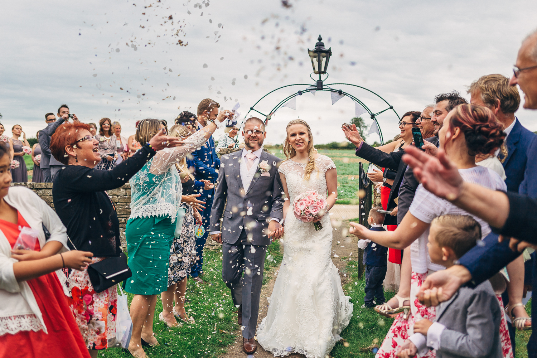 St Matthew Church, Coates   Wedding Photography-26.JPG