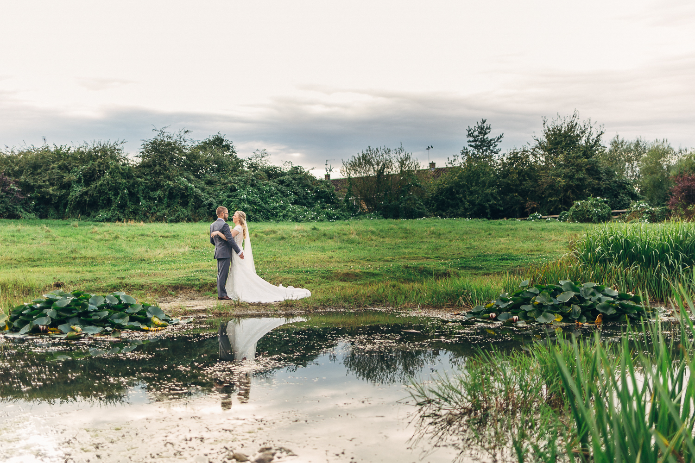St Matthew Church, Coates   Wedding Photography-40.JPG