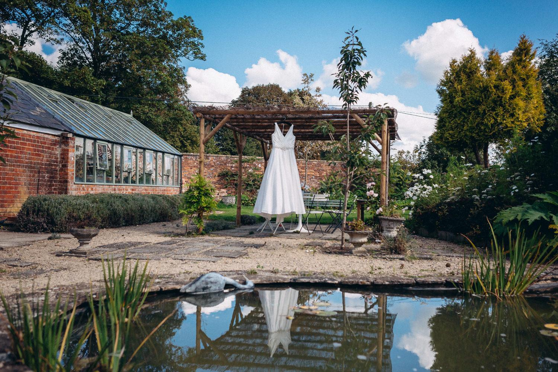 R&R | Winkworth Farm Wedding Photography-25.JPG